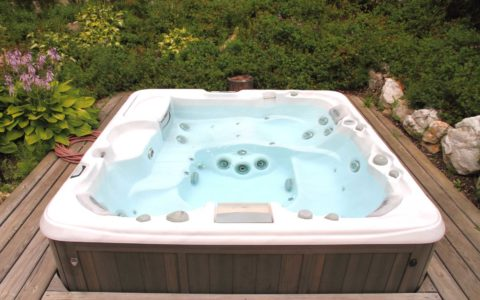 A-Super-Clean-Hot-Tub-in-Tacoma
